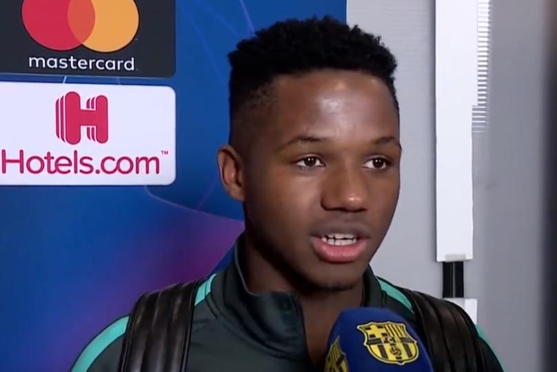 记者:法蒂的经纪人门德斯已经来到巴塞罗那