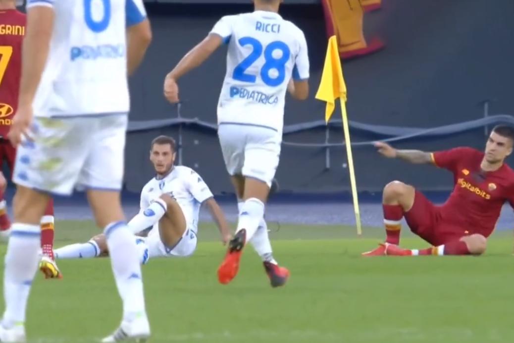 意甲-佩莱格里尼破门姆希塔良建功 罗马2-0恩波利