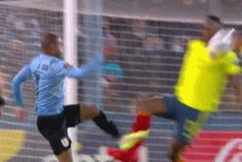 世预赛-苏牙进球无效卡瓦尼造险 乌拉圭0-0哥伦比亚