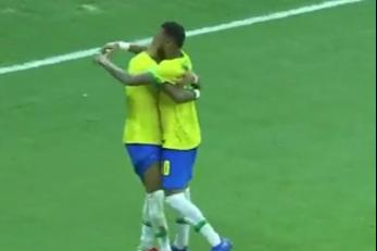 世预赛-拉菲尼亚双响内马尔传射 巴西4-1乌拉圭