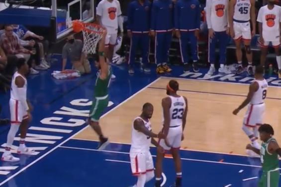 NBA-兰德尔35+8+9 杰伦46+9 尼克斯双加时克绿军