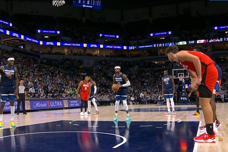 NBA-唐斯30+10格林首秀9分 森林狼大胜火箭