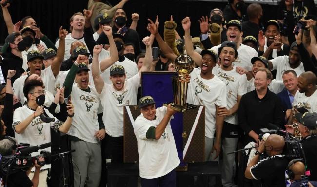 NBA季后赛收率出炉 2021 年 NBA  总决赛的收视率增加了 32%