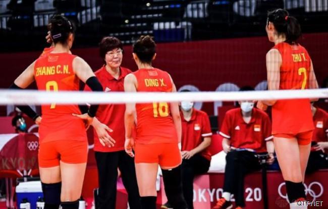 中国女排与铁榔头郎平
