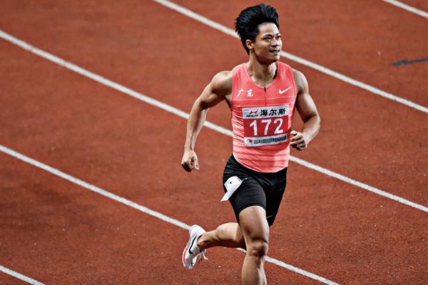 苏第七次突破10秒 以9秒98夺得冠军!东京奥运会的全面准备工作正在如火如荼地进行
