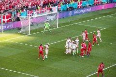 比利时2-1丹麦 比利时逆转丹麦提前晋级淘汰赛