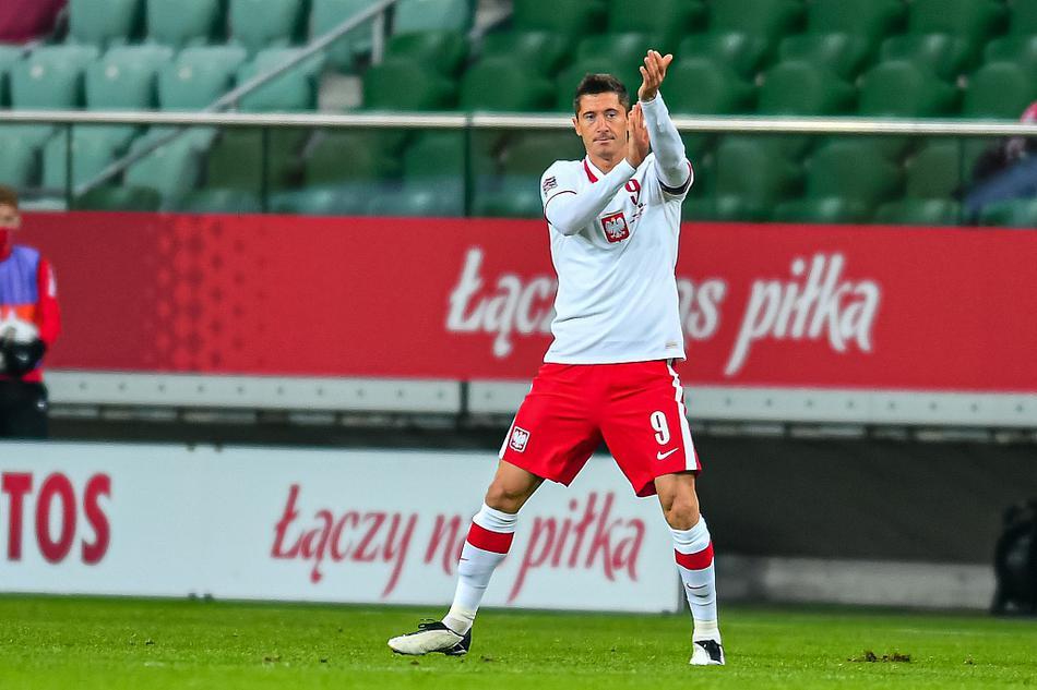 欧国联莱万2球1助攻 波兰3-0波黑