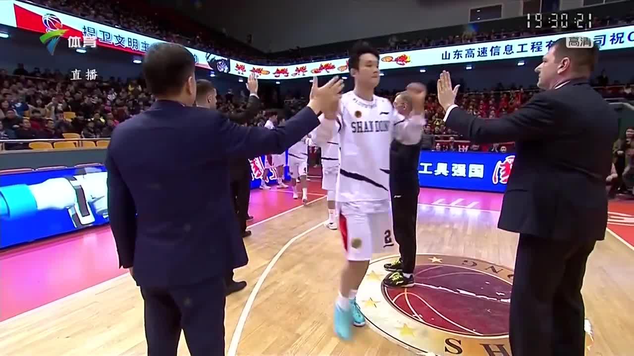 丁彦雨航MVP赛季代表作:进攻端予取予求,主场战广东轰43分