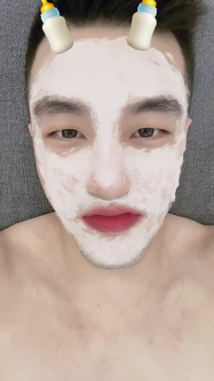 郭艾伦晒视频:这么可爱的特效挡不住胡子 难道因为脸长