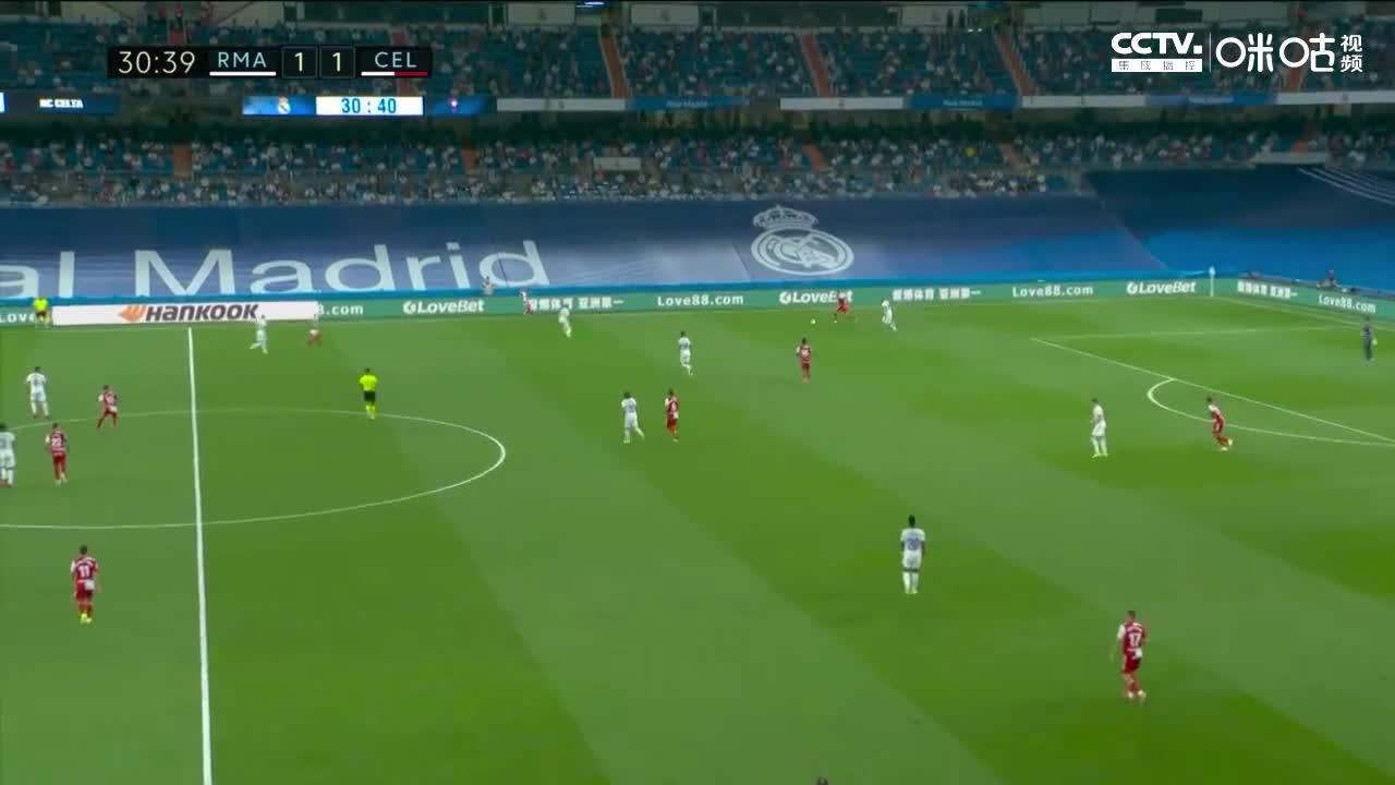 皇马丢球再次落后 塞尔维脚后跟射门中柱后补射建功