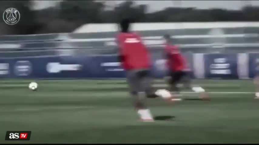 训练赛梅西妙传迪玛利亚破门