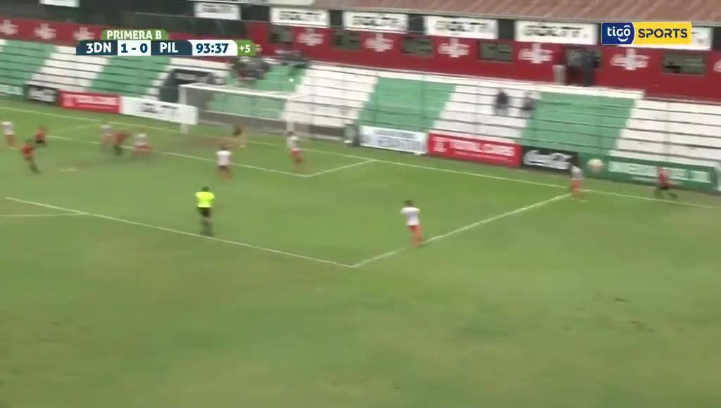 巴拉圭联赛生死战!门将差点梅开二度帮助球队保级
