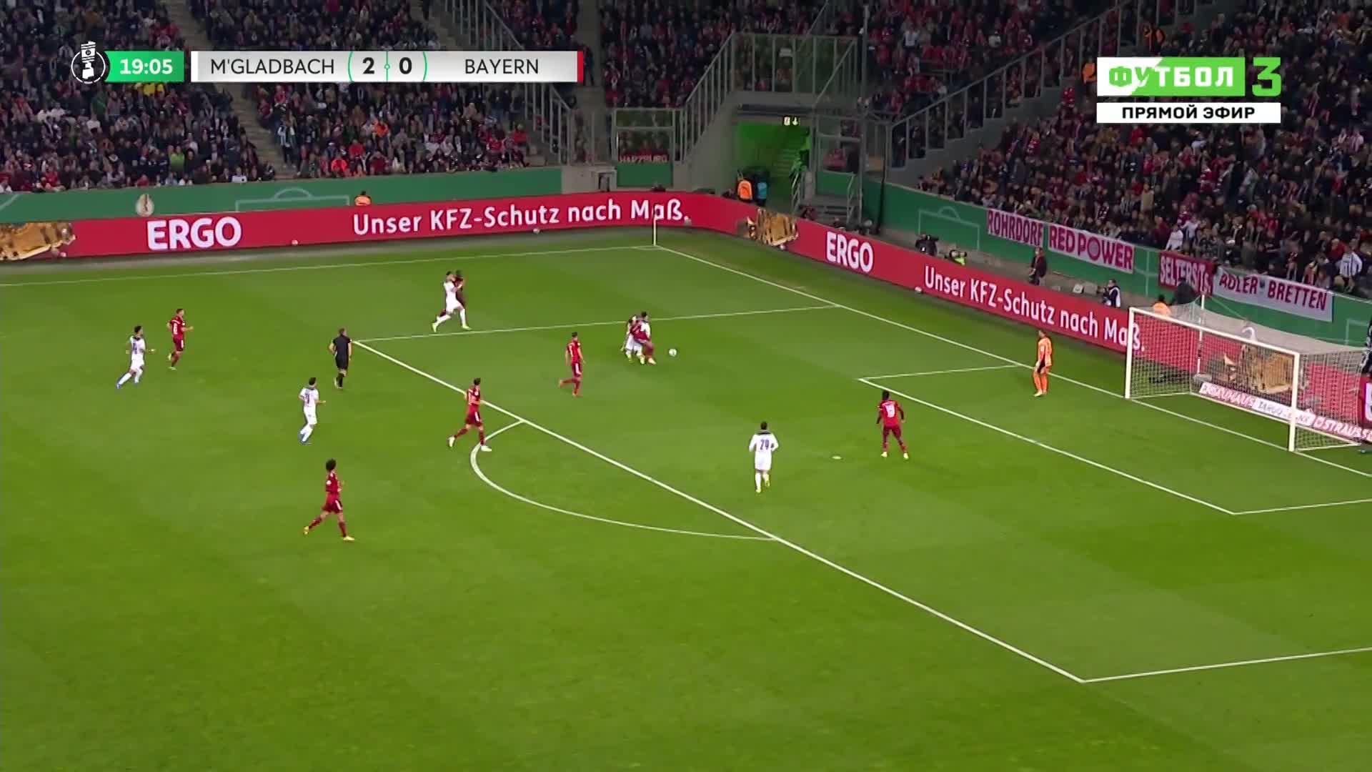 拜仁开场21分钟0-3落后!本塞拜尼点射破门梅开二度