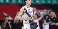 吴倩在一场比赛中得到36分和12次助攻 CBA历史季后赛第一本土球员