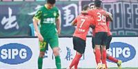 国安输给上海港 遭受中超两连败 比赛竣事后 比利奇发声