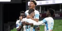 法国媒体爆料离奇交易:马赛想用3700万中场转会费换来米兰前锋莱昂?