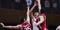 CBA季前赛:广东62-85山西 易建联重返赛场14 6邢志强17分