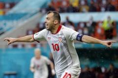 北马其顿欧洲杯遗憾潘德夫结束了20年的国家队生涯