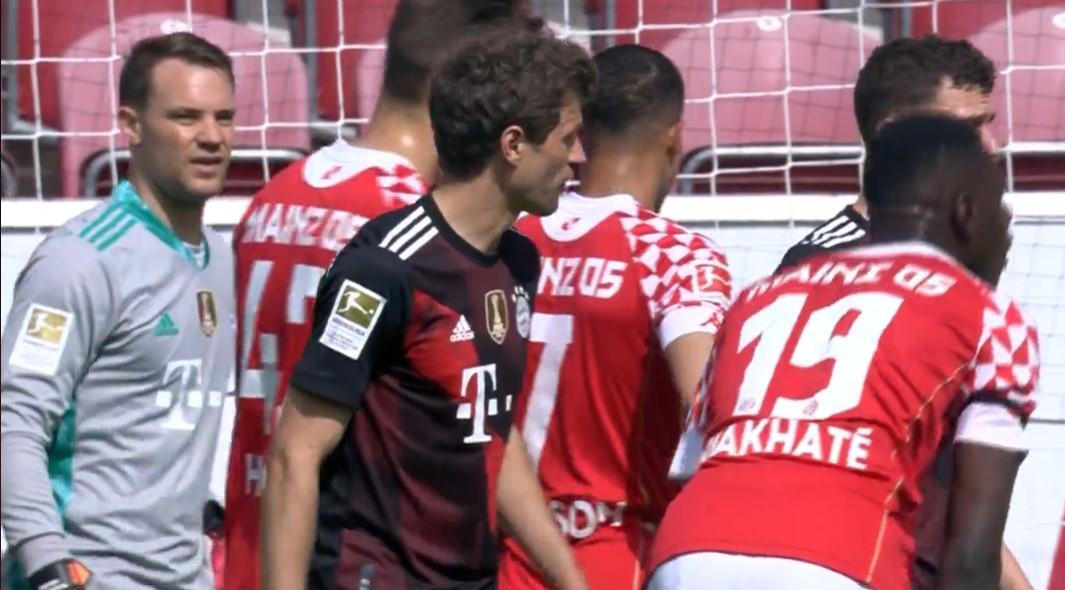 德甲-布尔卡特闪过万乐以填补时候 拜仁1-2输给美因茨