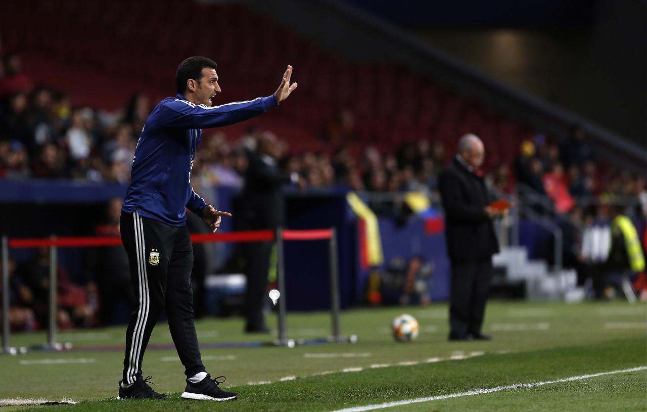 阿根廷在这场预赛和美洲杯中进了11个球 其中10个来自上半场
