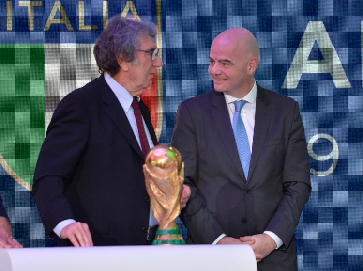 佐夫:如果多纳鲁马能打破我的国家队纪录而不失球 我将非常高兴