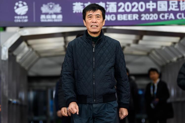 """天津媒体:如果中超在新的一年面临合同问题 很多球队会将此事""""挂""""在议程上"""