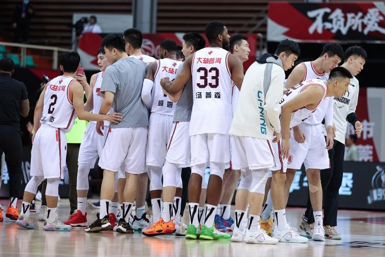 等对手!广东队连续第三年进入了历史上的第16个决赛