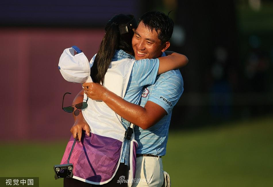 中国台北潘政琮获奥运会男子高尔夫铜牌