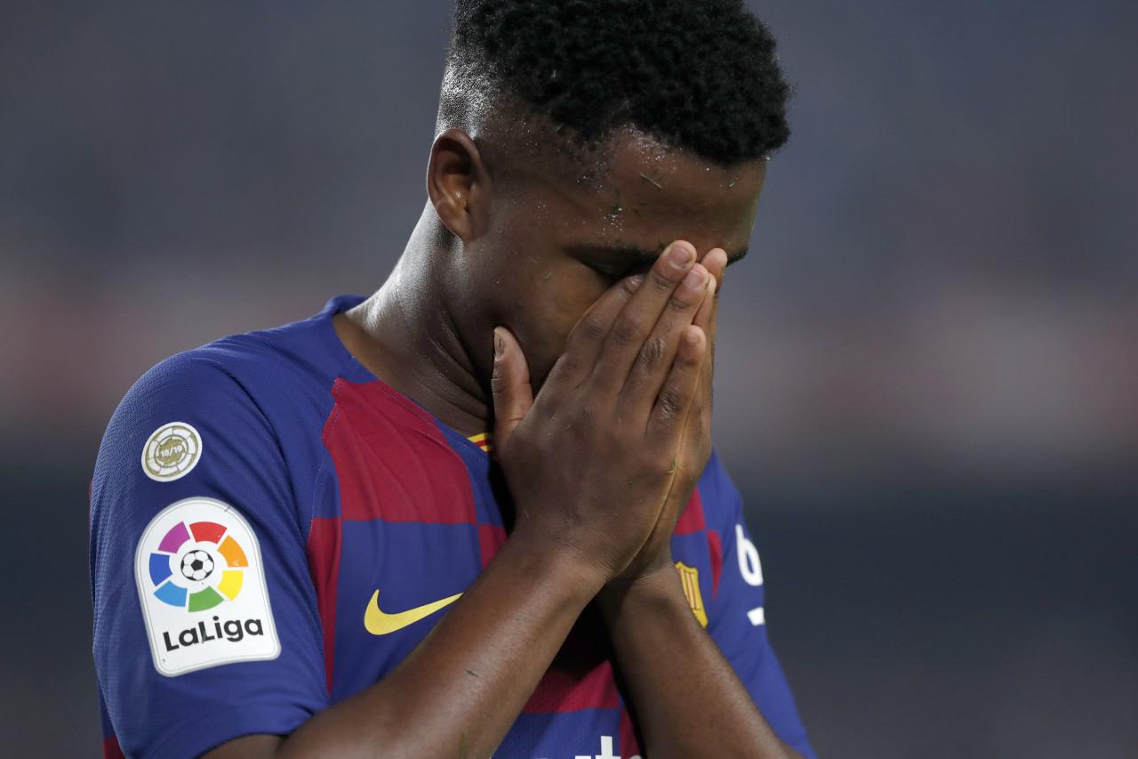 巴塞罗那官方:法蒂成功地进行了左膝关节镜检查