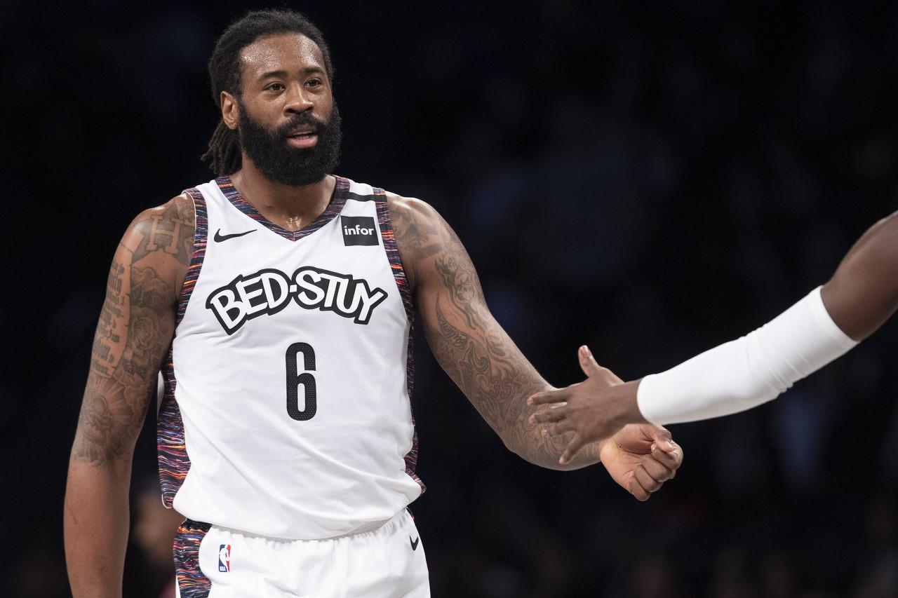 篮球晚报:小乔丹预计签约湖人 阿尔