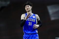 上海男篮新赛季阵容 王哲林加三外援组成豪华阵容