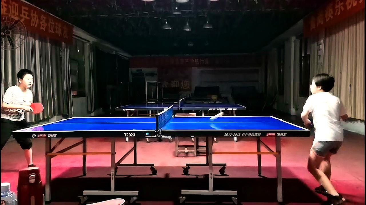 初学乒乓球的小孩在对练时要注意什么?