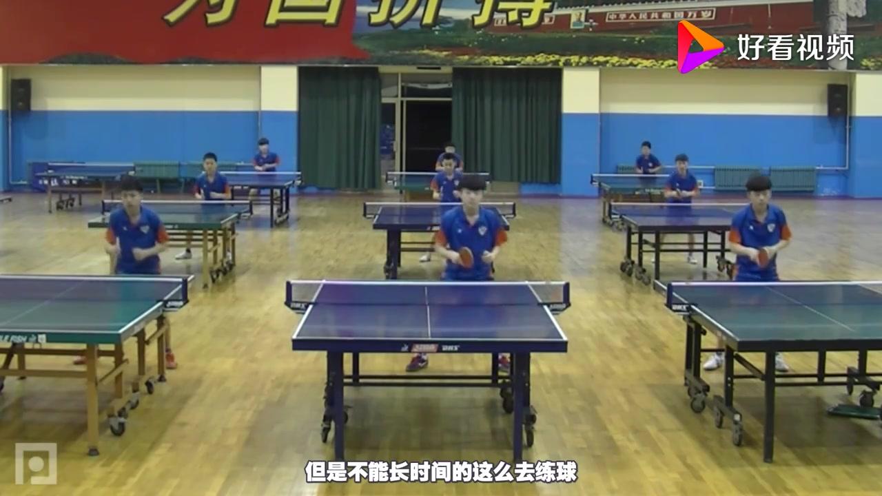 """业余乒乓球爱好者""""纠正""""正手攻错误动作《乒乓微课堂》又立功"""