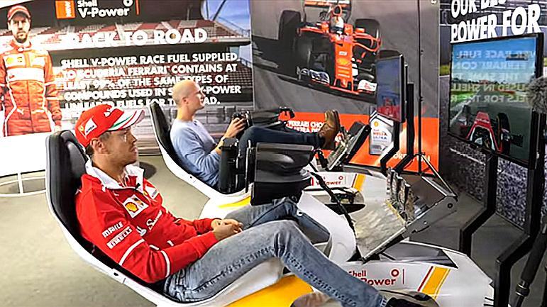 游戏冠军单挑F1世界冠军,玩赛车游戏,用方向盘F1会输吗?