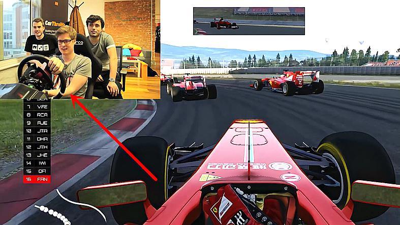 小伙用模拟器体验开F1赛车,全程失误不断,果然不是谁都能开!